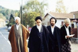 Imam Khomeini's departure for Paris told by son